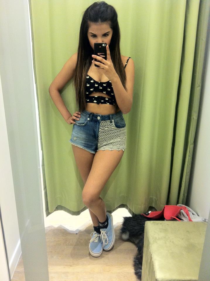 Cute woman takes many men in creampie gangbang 9