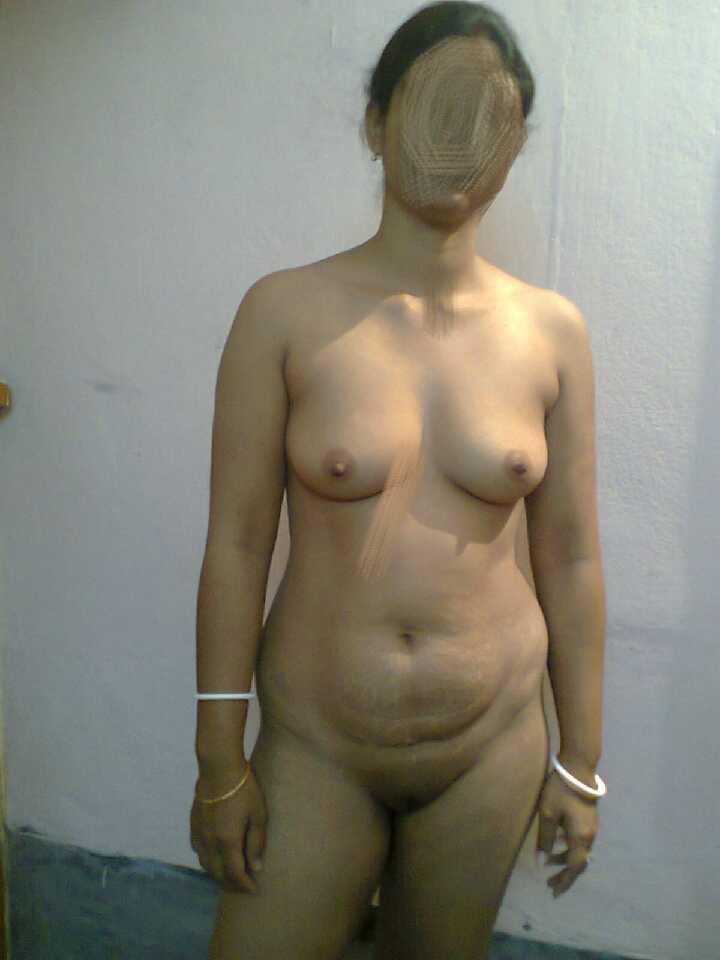 slim-aunty-naked