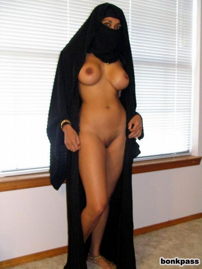 Naked muslim girls with big boob-9202