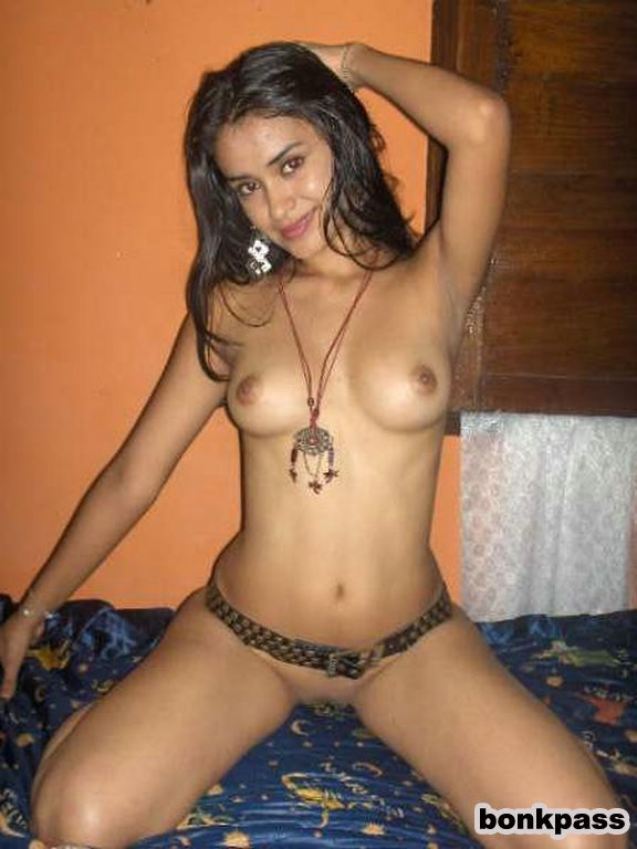 Really Hot Naked Indian Girl Nice Boobs And Pussy - Real -1171