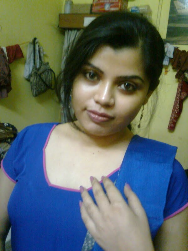 Homely girls nude pics