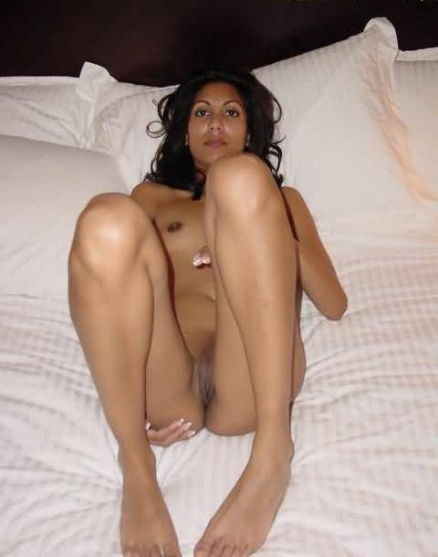 Real desi girl naked