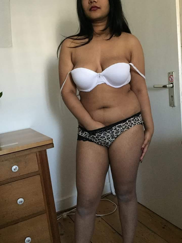 Upload My Nude Gf - Real Indian Gfs-8321