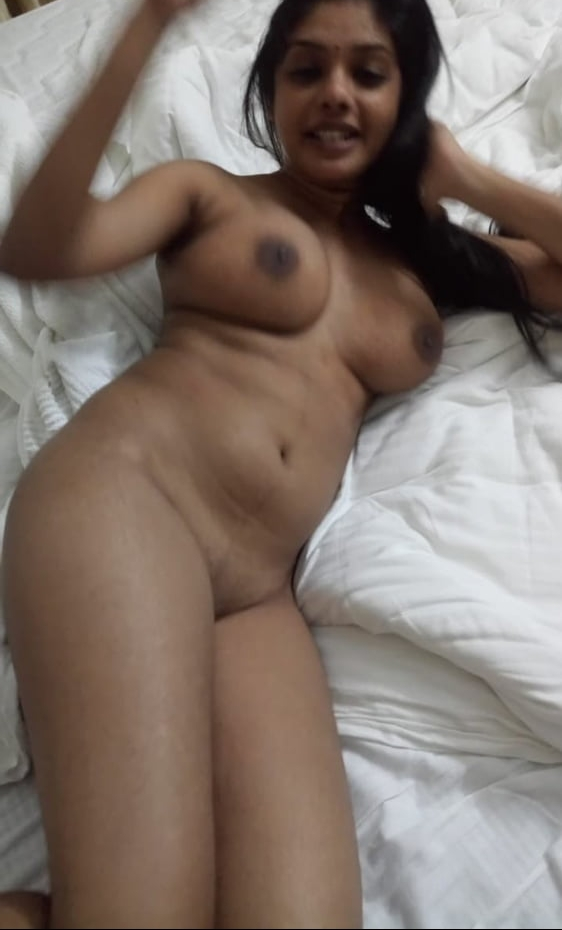 Black pussy eating pussy